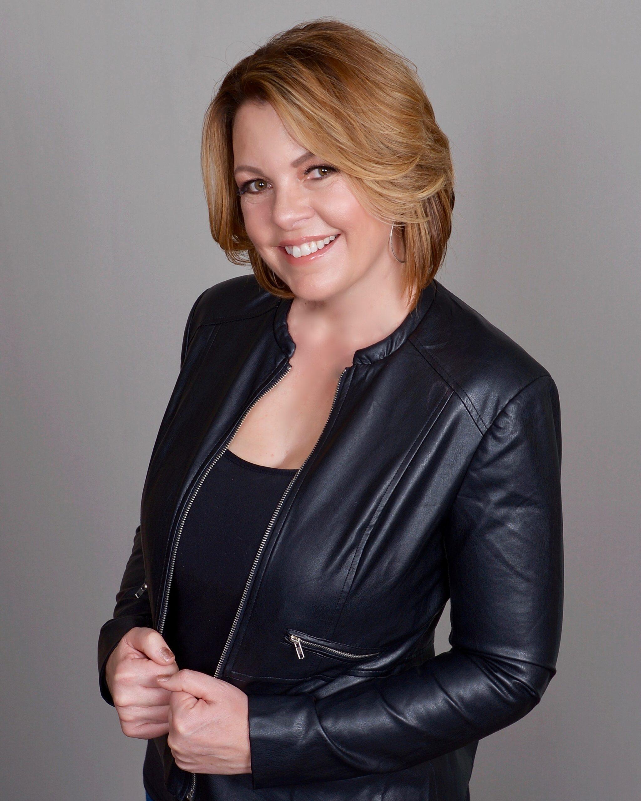 Lori Ballen Author