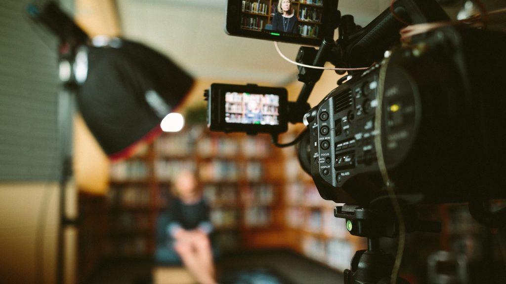 video, camera, optics-2562034.jpg